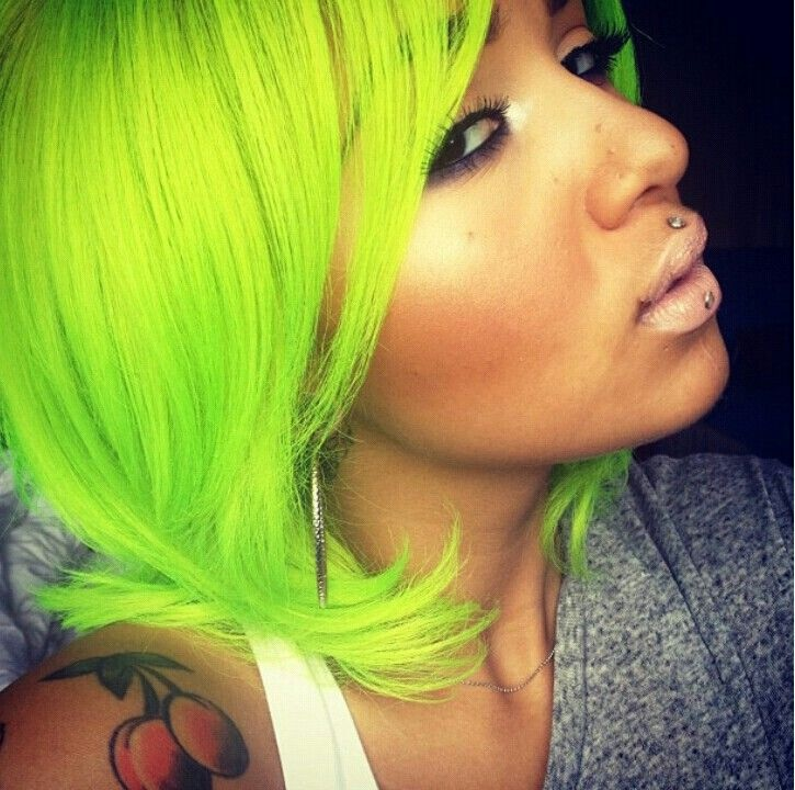 24 Colorful Hairstyles To Inspire Your Next Dye Job Brit Co Of Hunter Green Hair Color